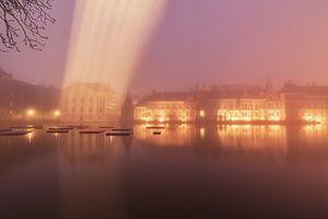 Hofvijver den Haag in de mist