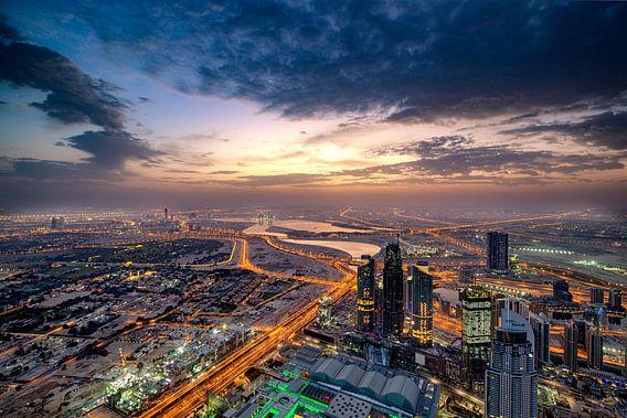 Zonsopgang op Burj Khalifa van Rene Siebring