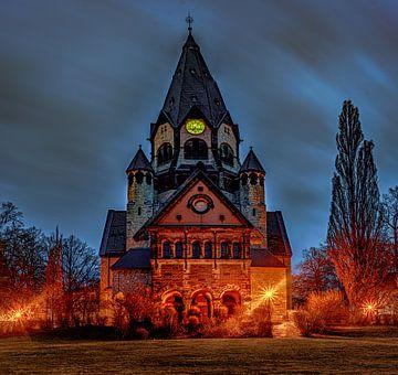 Lutherkirche in Chemnitz zur Blauen Stunde von Johnny Flash