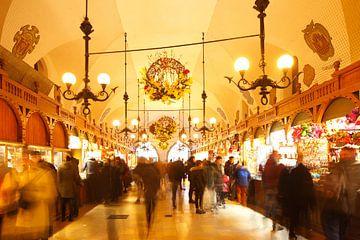 Krakauer Tuchhallen bei Abenddämmerung , Krakau, Kleinpolen, Polen, Europa