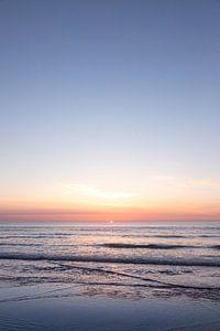 Staande foto van zonsondergang op Ameland, fine art foto van Karijn | Fine art Natuur en Reis Fotografie