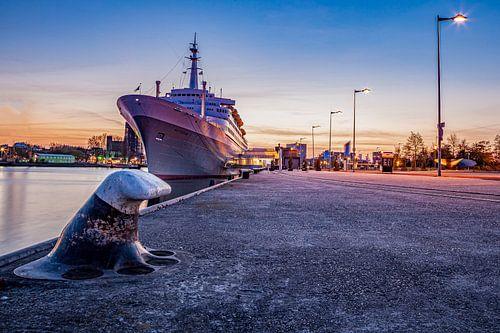 Aangemeerd schip de s.s. Rotterdam
