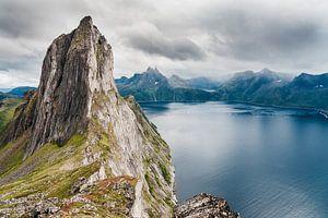 Een magische berg in de Lofoten, Noorwegen. van