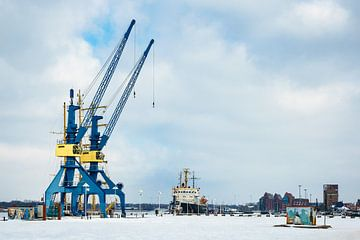 Winter im Stadthafen in Rostock von Rico Ködder