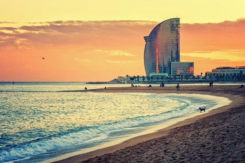 Barcelona - La Barceloneta Beach van Alexander Voss
