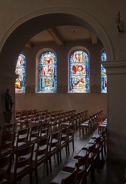 in een kerk von Compuinfoto .