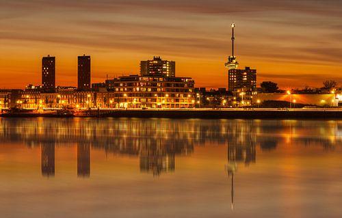 Orange sunset at the maashaven in Rotterdam