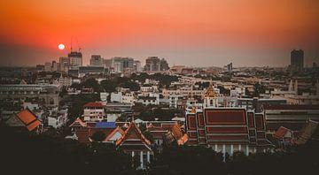 Zonsondergang in Bangkok, Thailand van Duane Wemmers