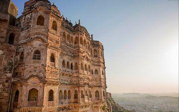 Façade du temple Jain à Jaisalmer, Inde. Jaisalmer s'appelle sur Tjeerd Kruse