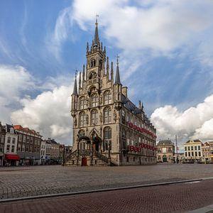 Oude stadhuis in centrum van Gouda, Nederland