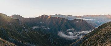 Panorama der neuseeländischen Berge vom Roy's Peak von mitevisuals