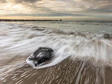 Moving waves van Linda Raaphorst