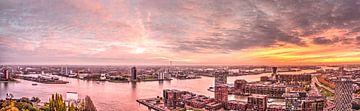 Panorama zonsondergang Rotterdam van