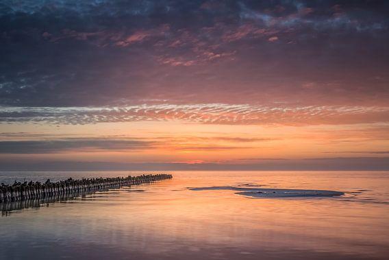 Zonsondergang aan het IJsselmeer van Bert Nijholt