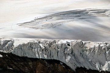 Alpinisten op de Feegletsjer - Wallis - Zwitserland van Felina Photography