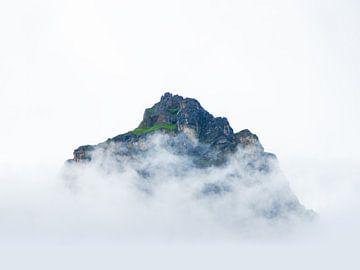 Insel in den Wolken von Peter Hermus