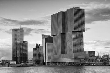Kop van Zuid Rotterdam in zwartwit van