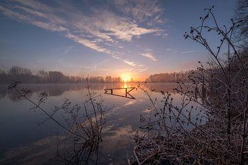 Prachtige zonsopkomst bij meer van Moetwil en van Dijk - Fotografie
