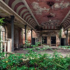 Lost Place - Ballsaal - verlassener Ort von Carina Buchspies