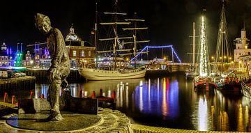 Harlingen Harbour by night sur Jaap Terpstra