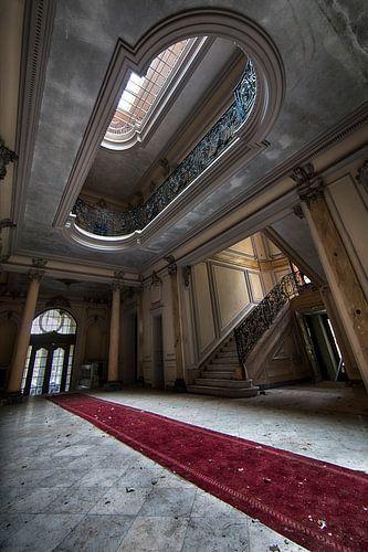 De Rode loper van Chateau Lumiere - Urban exploring Frankrijk van