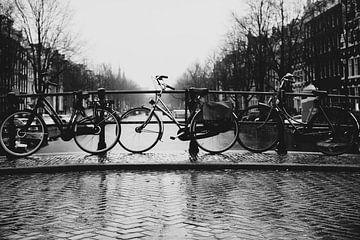 Amsterdam an einem regnerischen Tag von willemien kamps
