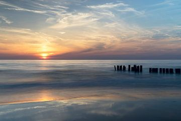 Zonsondergang aan de kust van Barbara Brolsma