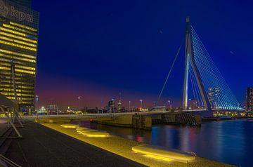 Erasmusbrug met het KPN gebouw Rotterdam Skyline RawBird Photo's Wouter Putter van Rawbird Photo's Wouter Putter