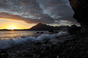Zonsondergang aan de kust van Annick Cornu