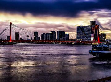 Willemsbrug Rotterdam Zons Ondergang van Mehmet Karaman