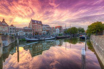 Malerische Delfshaven Rotterdam und ein schöner Abendrot im Himmel von Rob Kints