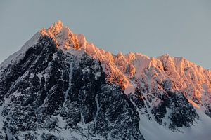 Zonsondergang op de Lyngen Alpen, Noorwegen