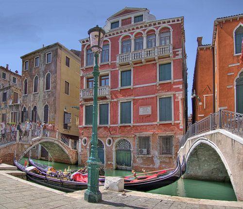 Gondels in Venetie van