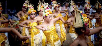 Rejang-Tanz im balinesischen Tempel von Lex Scholten