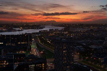 Rotterdamse haven na zonsondergang van Ronne Vinkx
