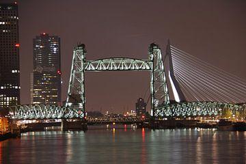 Rotterdam by night van Joyce Loffeld