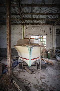 Klassieke speedboot van Leo van Valkenburg