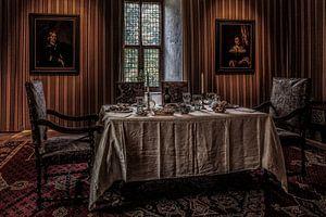 De eetkamer in kasteel Doorwerth