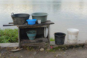De afwas aan het meer van Poso van