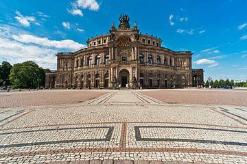 Semper Opera House Dresden van