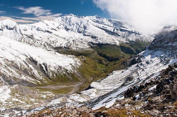 Switzerland mountains - 3 van Damien Franscoise