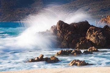 Golven, Corsica van Hannie Bom