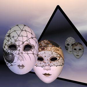 Masken der Nacht