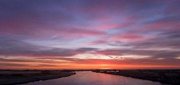 De IJssel voor zonsopgang von Erik Veldkamp