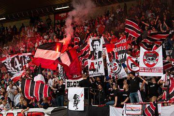 De fanatieke fans van RWDM van Martijn Mureau