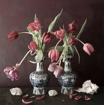 Stilleven met tulpen von Marion Kraus