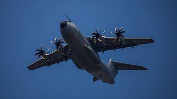 Militair vliegtuig sur Angelo de Bruin