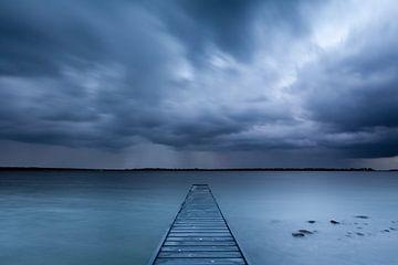 Regen over het Veerse meer von Ron Buist