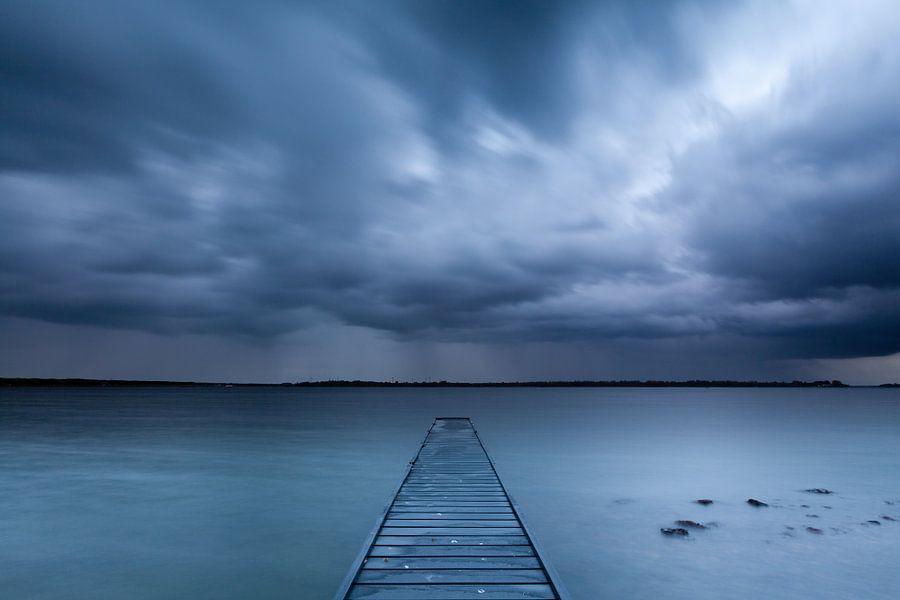 Regen over het Veerse meer