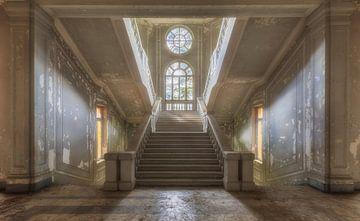 Staring at Stairs van Maikel Brands
